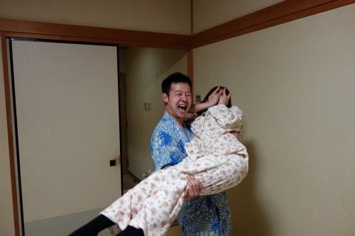 パジャマ&浴衣でお姫様抱っこ