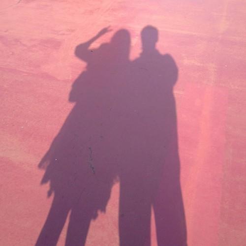 影のカップル