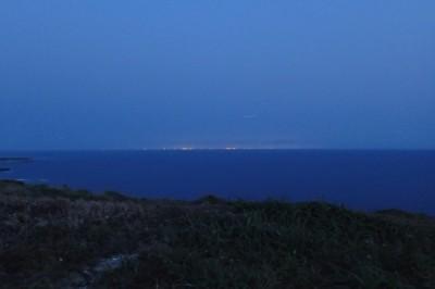 筆が崎から見える那覇と読谷の灯