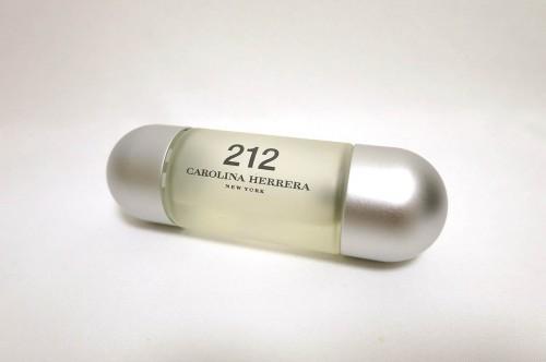 キャロライナ ヘレラ 212