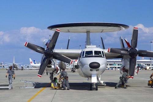早期警戒機 E-2
