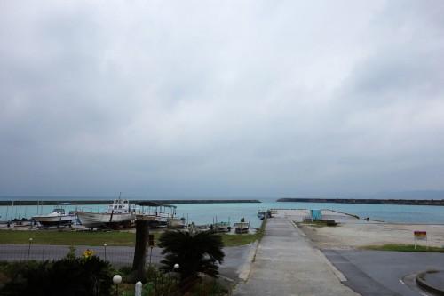 不穏な天気