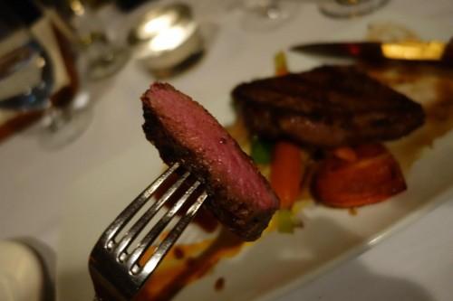 アルバータ牛のステーキ