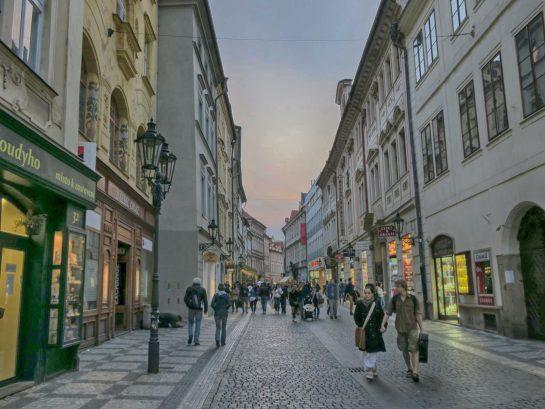 プラハを歩く