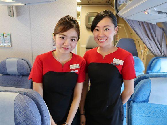 香港ドラゴン航空のCAさん