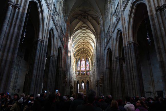 聖ヴィート大聖堂の中