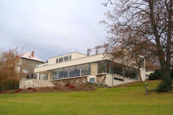 トゥーゲントハット邸