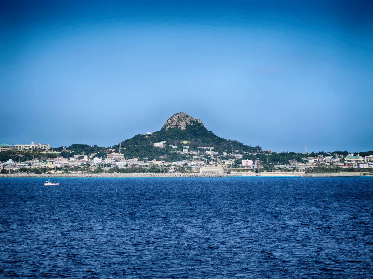 伊江島ツアー 初日「フェリーで伊江島へ、そして農業体験」